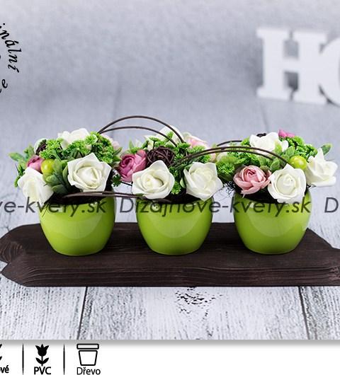 bytová dekorácie, dekorácie na stôl, ružičky, svieže kvetinové aranžmá