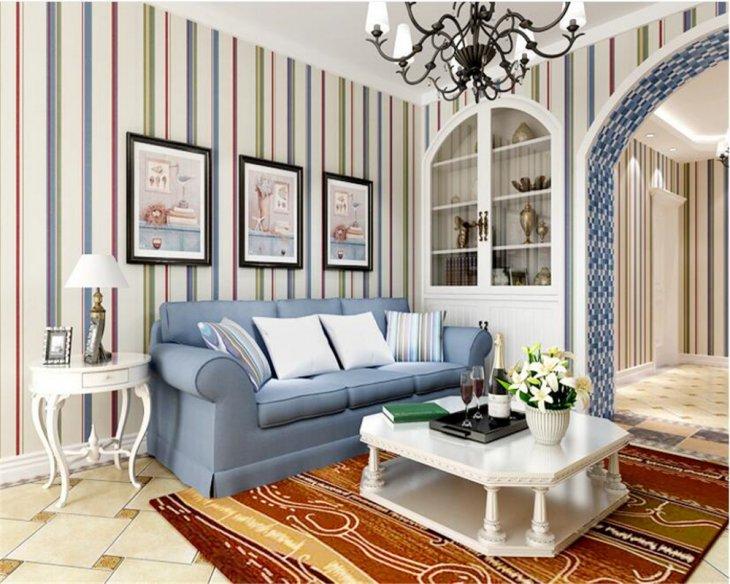 Обои в полоску в интерьере гостиной фото — преимущества и особенности. Обои в полоску: как создать нестандартный дизайн комнаты с помощью простых линий (104 фото) С чем скомбинировать полосатые обои