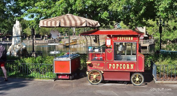 Popcorn Cart in Disneyland Frontierland Davy Crockett