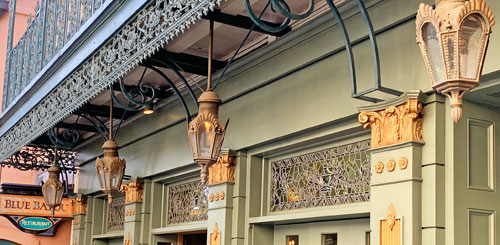 Four light fixtures outside Blue Bayou Restaurant in New Orleans Square Disneyland