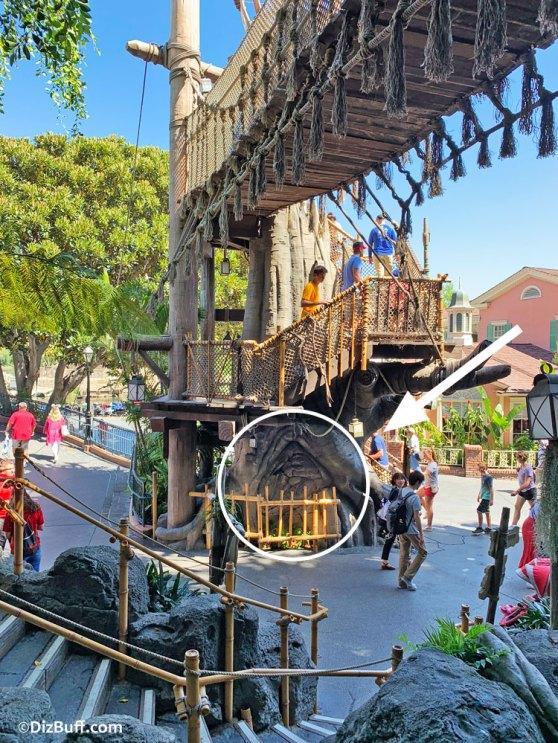 Location of Jabba the Hutt likeness carved into Tarzan Tree in Adventureland at Disneyland California