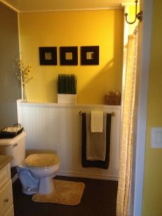 35+ The Appeal Of Yellow Bathroom Decor 276