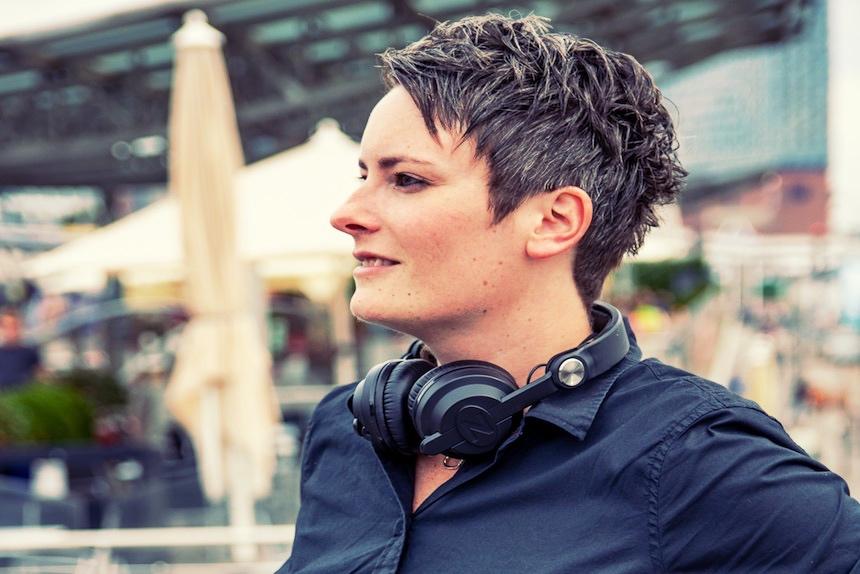 DJane Tilly Event und Club DJ