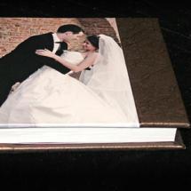 13.M Album Digital Nunta 30x30 cm. Piele ecologica alba + gri floral + fotografie