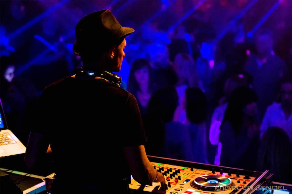 DJ Frankie b. - Deine Partygarantie!