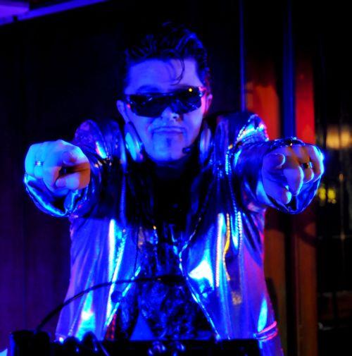 DJ XONIM