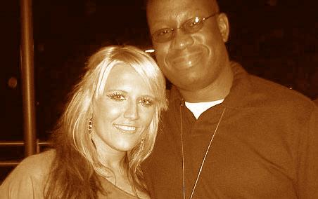 Natalie Horler and DJ Carl©