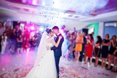 DJ Jule ist Ihr Hamburger Hochzeits DJ - Hochzeits Discjockey