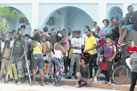 Kartel supporters outside supreme court kingston 2013 murder trial
