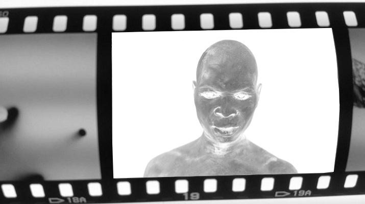 Mario Macilau chambre noir mozambique photographe