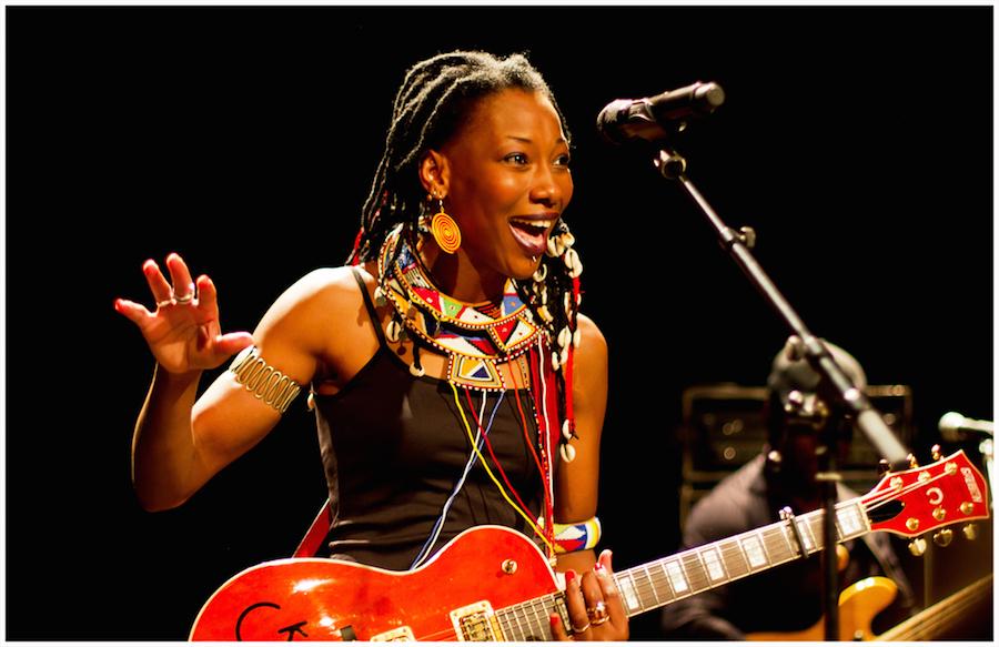 Fatoumata Diawara En Live Djolo