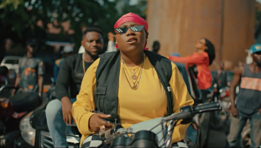 Teni, Teni the Entertainer, Teniola, Case, Shakeam, afrobeat, afropop, naija, musique nigériane