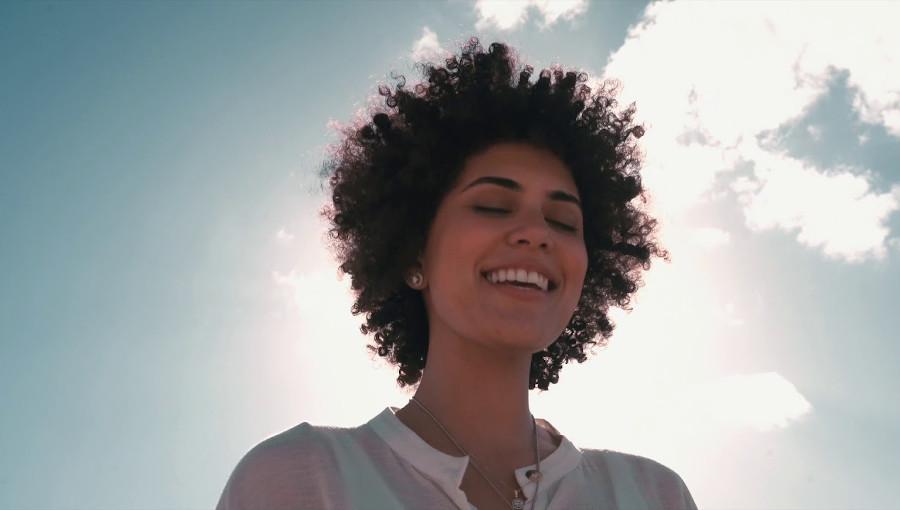 Mirelle Mokhtar, chanteuse egyptienne, Kifak Inta, Zina, mashup, cover, Fayruz, Babylone, reprise, chanson algérienne, pop arabe, mash up cover, afro mountain girl