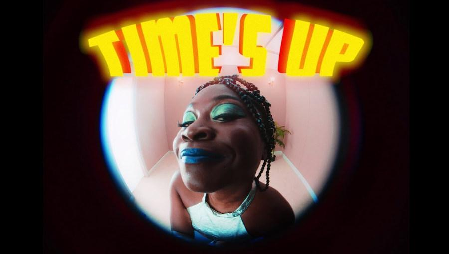 Time's Up, Sampa The Great, Krown, Pola Psychology, nouveau clip, chanteuse zambienne, rappeur sud-soudanais, australie, mental health care, psychothérapie, hip hop, nu soul