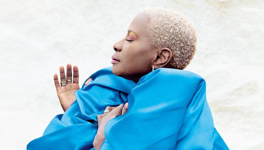 Angelique Kidjo, Africa One Of A Kind, Mr Eazi, Salif Keita, Mother Nature, nouvel album, nouveau clip, hymne afro, afro, afropop, chanteuse béninoise, musique africaine