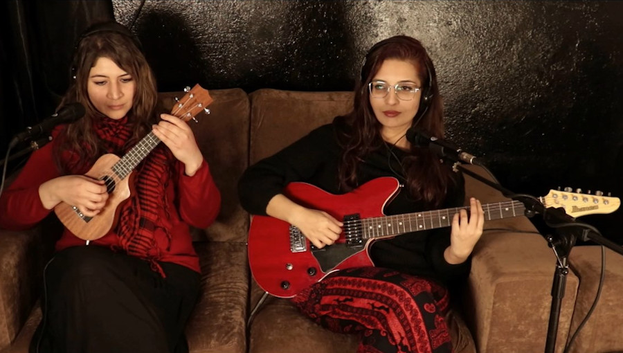 Assia Ben Hassen, Donia Benammar, Sissi, Donia, Les Oiselles, chanteuse tunisienne, cover, reprise, tight ship, stephen marley, Feeling Good, Nina Simone, Ray Charles, Hit the road jack