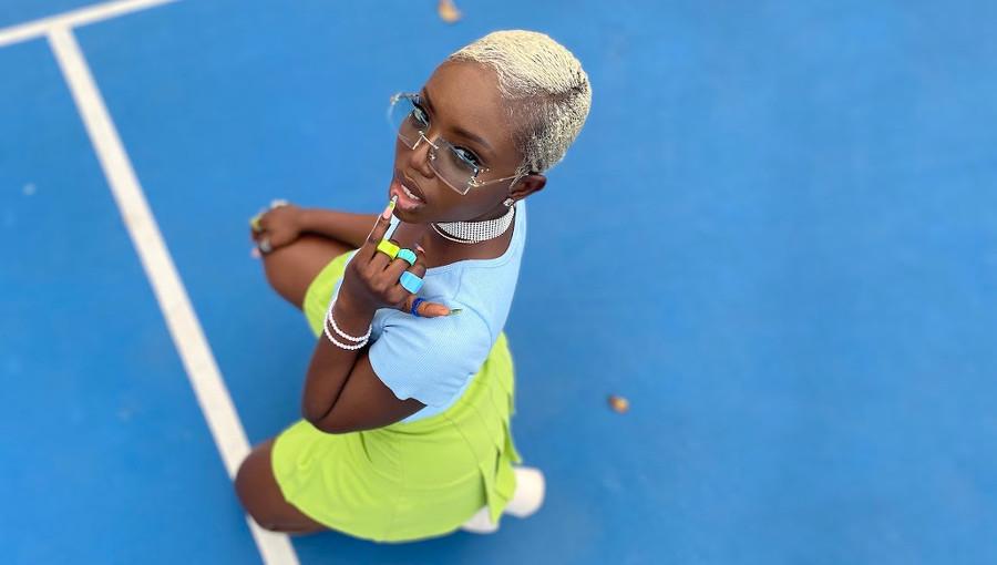 Dove Nicol, chanteuse sierra leonaise, ghana, Calm Down, Freetown Girl, nouveau clip, nouvelle chanteuse, afropop, afrofusion, afrobeat