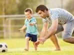 cara ayah lebih dekat dengan anak