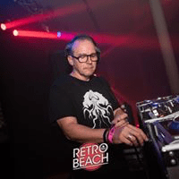 Phi Phi @ Retro Beach 2019