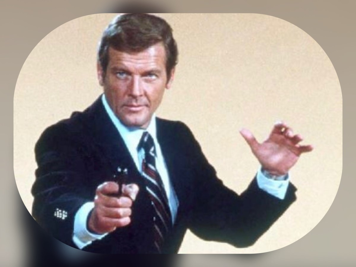 The Best Bond? A Tribute to Roger Moore (1927 - 2017) - Ranking the Bond Theme Songs from Worst to First