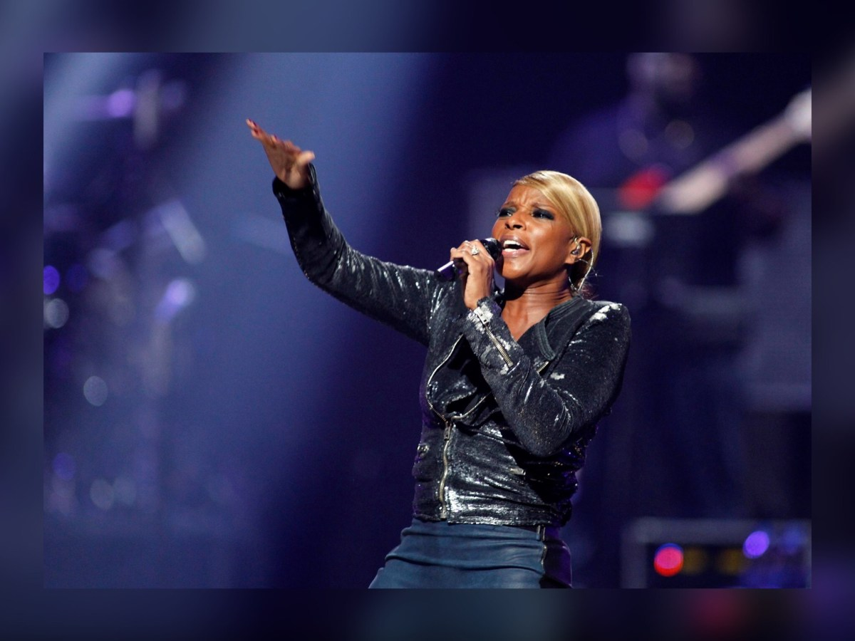 Mary J. Blige Drops Some Serious 'Love Lessons' in Chicagoland @ Ravinia Friday Night