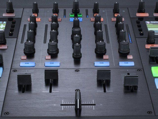 Kontrol_S8_Controller_Review_mixer