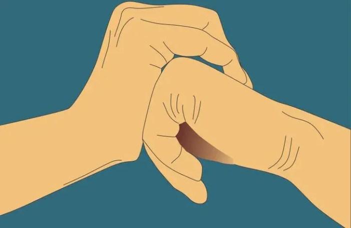 فرقعة الأصابع