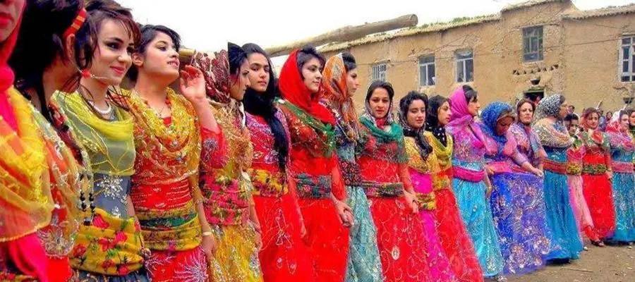 الزي التقليدي الكردي