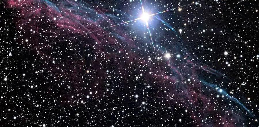 النجوم في السماء