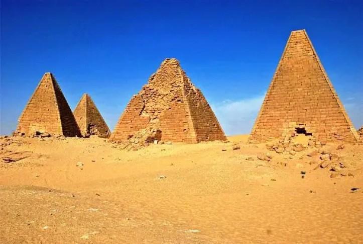 أهرامات في السودان
