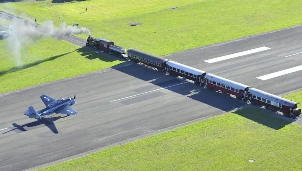 مطار (غسبورن) في نيوزيلندا