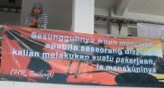 02 KPM tidak hanya mengajari Matematika Nalaria, tapi juga menanamkan nilai-nilai ruhiyah melalui spanduk