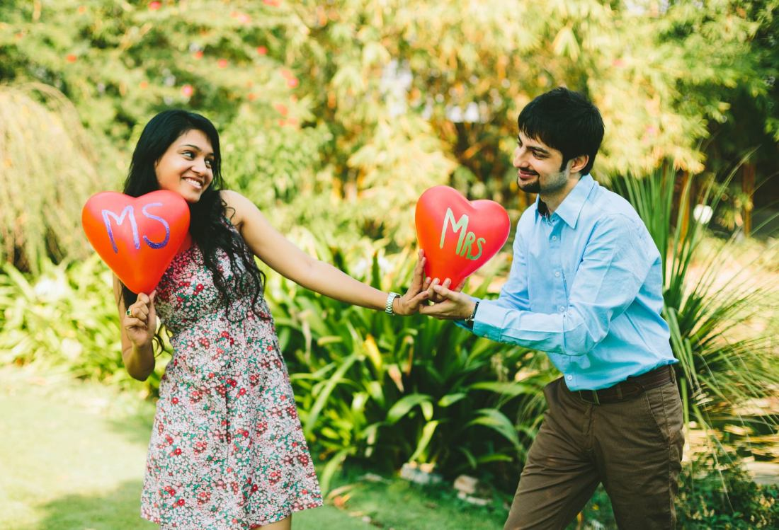 Ahmedabad Best Candid Prewedding Photography