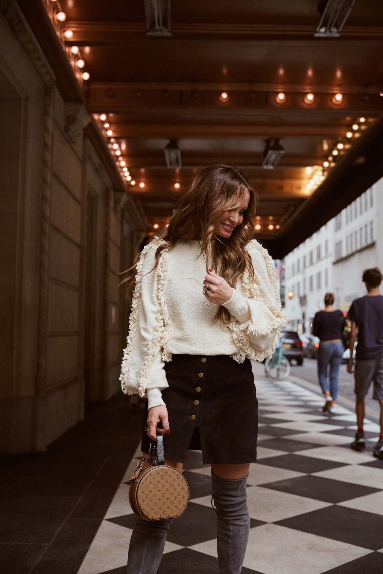#DKW-Fashion Good Sweater & Thigh Highs
