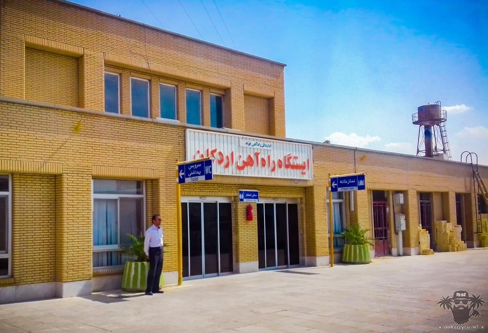 Podróż Życia, Iran, stacja kolejowa Ardakan