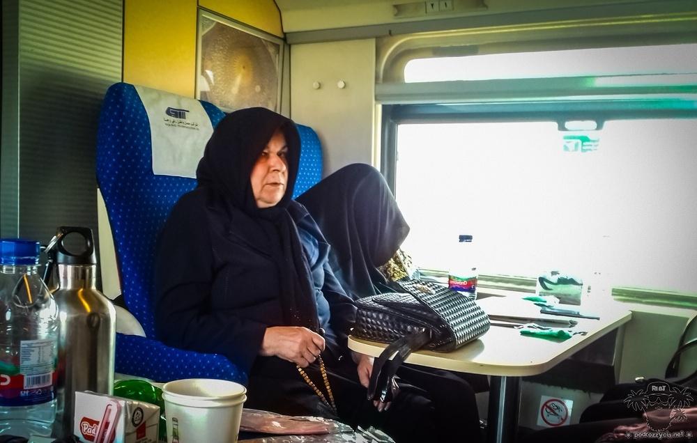 Podróż Życia, irański pociąg,