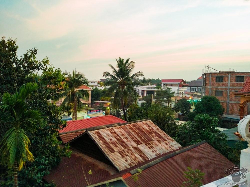 Round The half World, Kambodża, Siem Reap