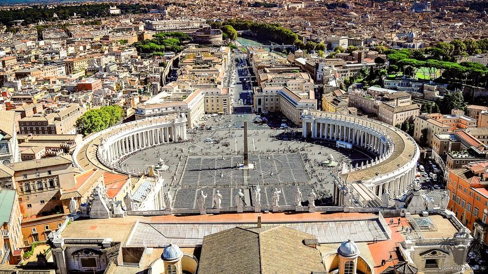 Podróż Życia, Rzym, plac św. Piotra