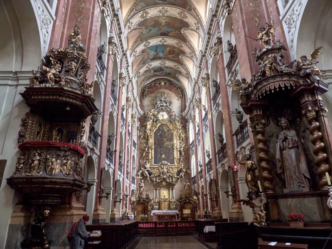 Basílica de Santiago el Mayor