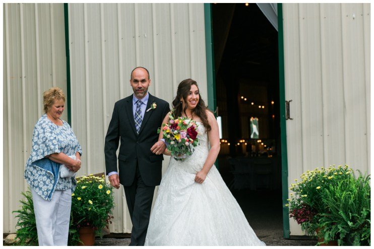 Sarah - Bride coming down the eisle