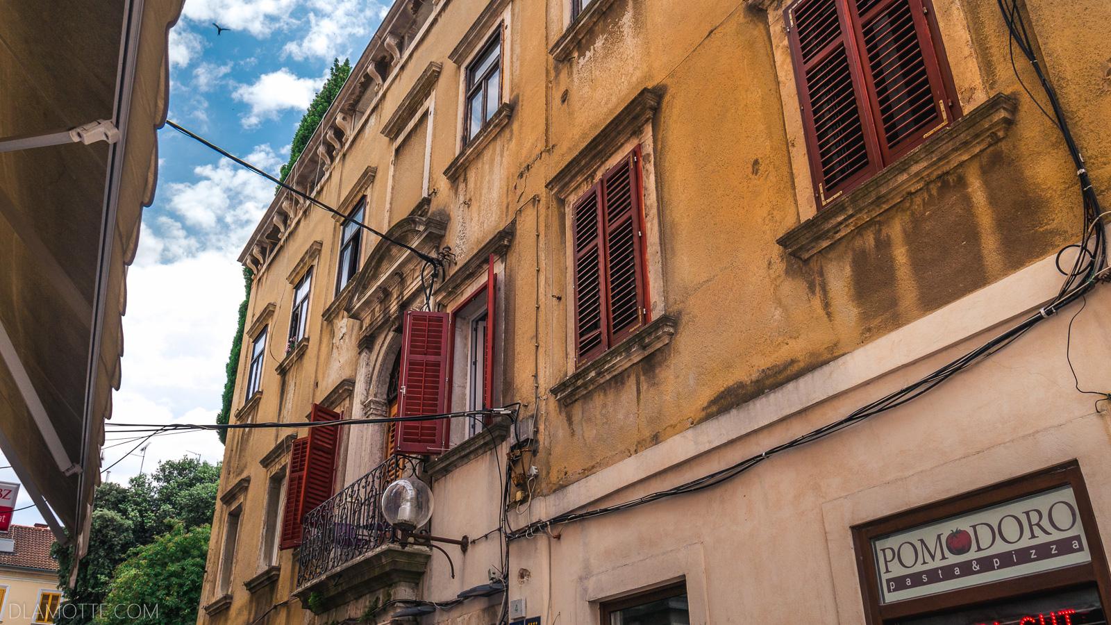 stare miasto chorwacka Pula