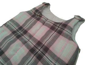 saquinho de dormir para bebês xadrez rosa e cinza