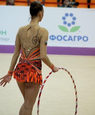 Obruch dlia khudozhestvennoi gimnastiki foto 6
