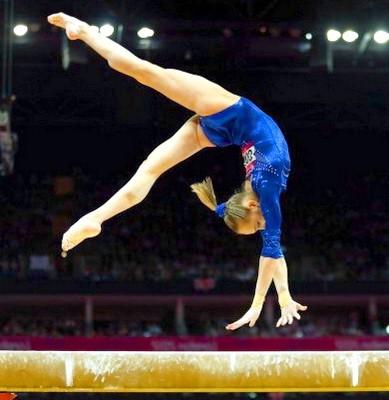 Gimnasticheskoe brevno uprazhneniia 2