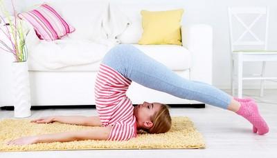 Инвентарь для йоги. Виды и применение. Особенности