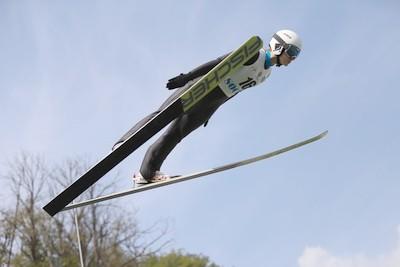 Прыжки на лыжах с трамплина. Снаряжение и трасса. Особенности