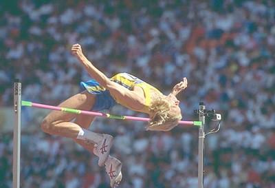 Прыжки в высоту. Виды и соревнования. Техника и особенности