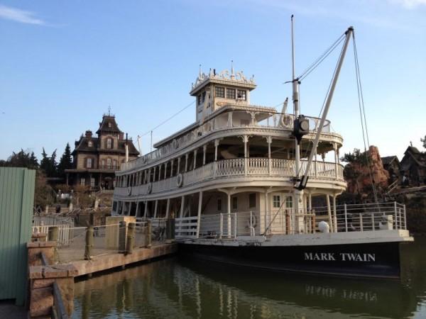 Mark Twain Riverboat refurbishment (C) @InsideDLParis
