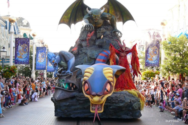 Maleficent in Dreams of Power in Disney's Once Upon a Dream Parade at Disneyland Paris 2008