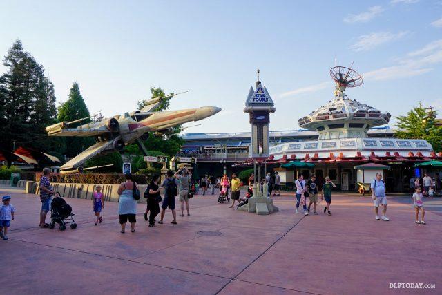 Star Tours exterior, Disneyland Paris, 2015